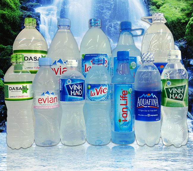 nước uống đóng chai giá rẻ